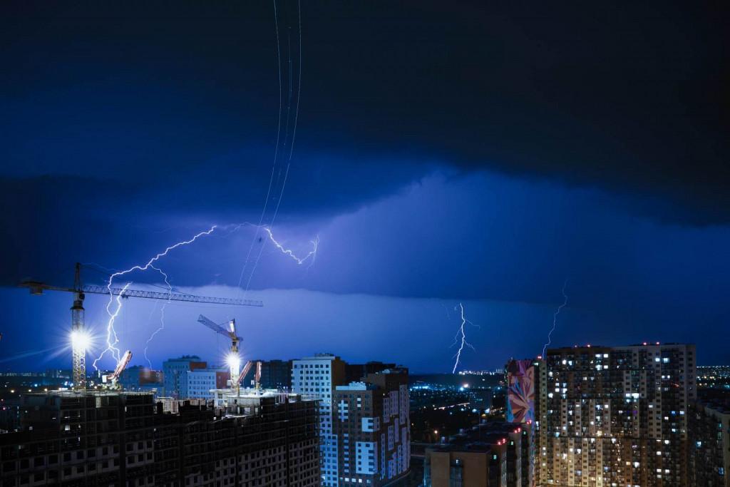 thunderstorm over Vnukovo 2020
